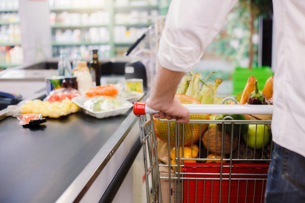 Pagando en el Supermercado